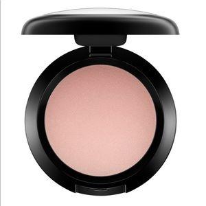 MAC Cream Colour Base in Shell